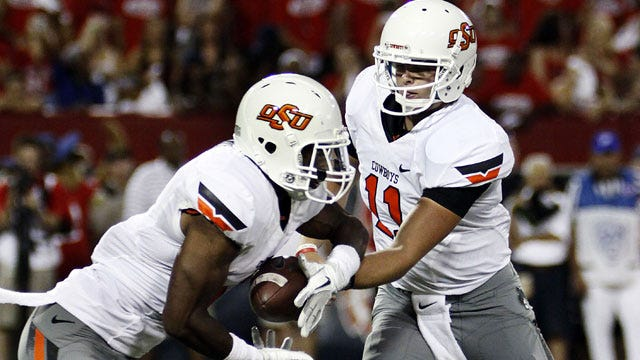 Wildcats Pounce On Oklahoma State Miscues