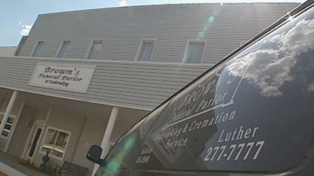 Luther Funeral Parlor In Trouble Again