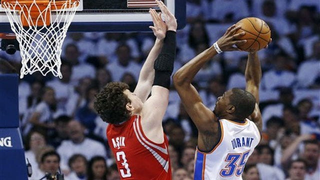 Thunder Survives Scare From Rockets, Takes 2-0 Series Lead