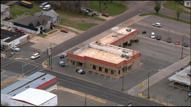 Police Respond To Bank Robbery In SW OKC