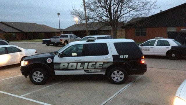 Standoff Ends At Moore Apartment Complex