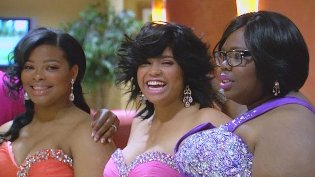Five Douglass Senior Girls Get Fairy Tale Prom