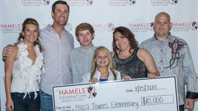 Philadelphia Phillies Pitcher Gives $10,000 Donation To Moore School