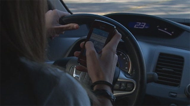 Fewer Worried About Dangerous Driving Habits, Says AAA