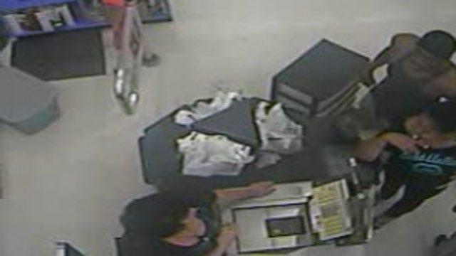 Thief Swipes Wallet Man Dropped At OKC Store
