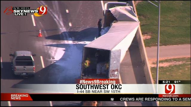 Crews Clean Up Accident Near I-44 In SW OKC
