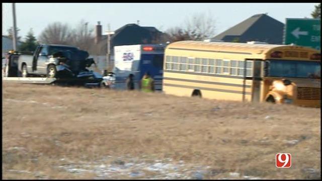 No Serious Injuries In Yukon School Bus Crash In NW OKC