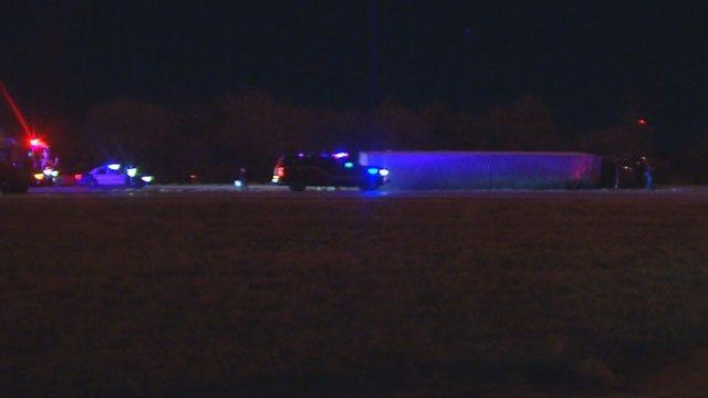 Semi Wrecks On Southbound I-35 In NE Oklahoma City