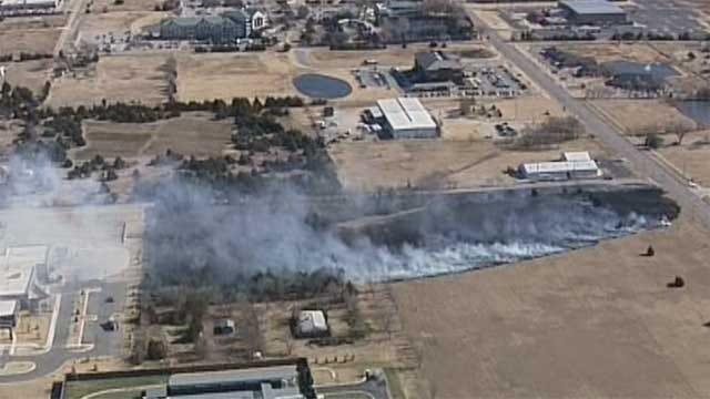 Crews Battle Grass Fire In NE OKC