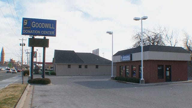 Robber Targets Goodwill Store In NW OKC