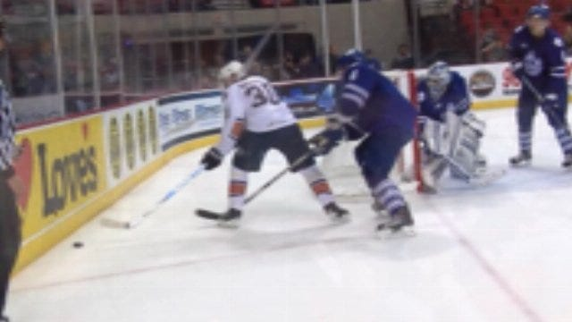 Barons Cruise Past Checkers, 7-3