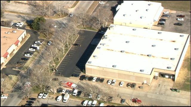 Southwest OKC Business Evacuated After Accident On Building
