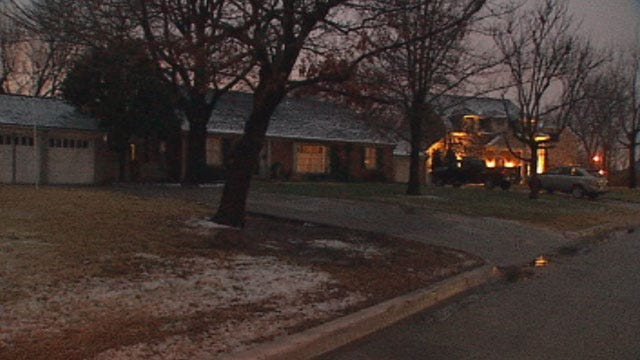 Nichols Hills Police Investigating Recent Burglaries, Two Women Sought