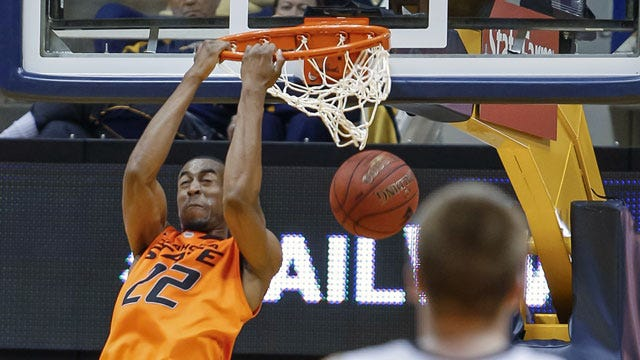 Oklahoma State Charges Past Mountaineers