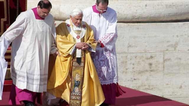 Pope Departs Vatican To Begin Retirement