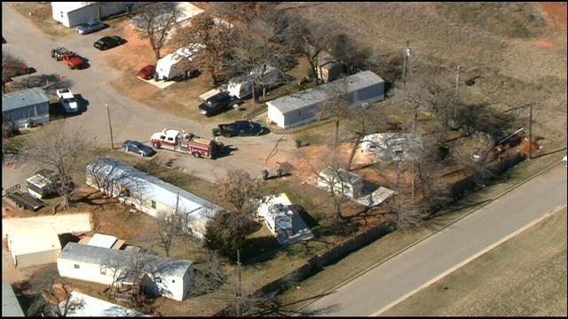 Crews Work To Repair Gas Leak In Midwest City