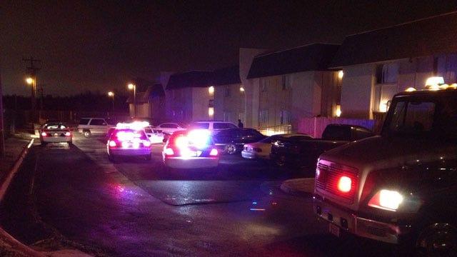 Security Guard Shoots Man At Del City Apartment Complex