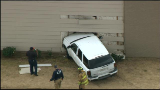 Car Crashes Into Apartment Building In NW OKC