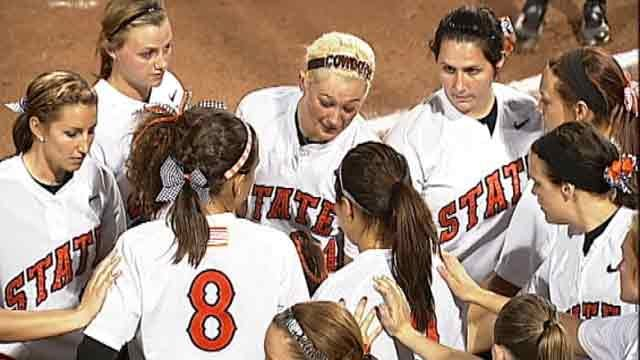 Oklahoma State Softball Splits First Two Games Of The Season