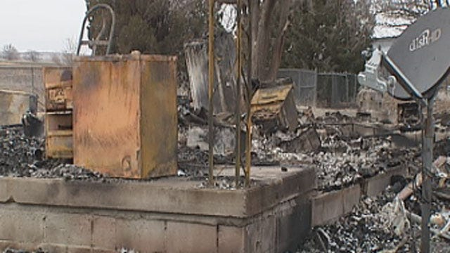 Law Enforcement Agencies Help Perry Officer Who Lost Everything In House Fire