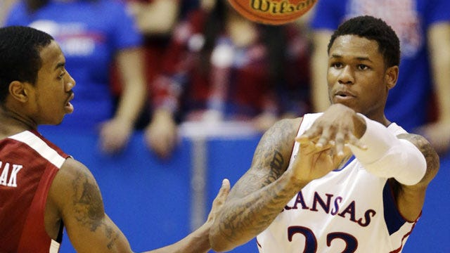 Sooners Fall To Kansas For 12th Straight Time In Lawrence