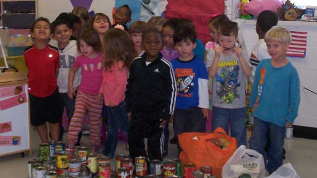Putnam City Pre-K Students Raise 300 Pounds Of Food For Charity