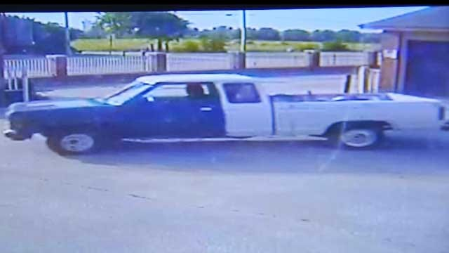 Police Hope Surveillance Footage Helps Nab Thieves At Moore Storage Facility