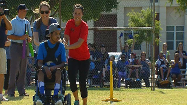 USA Softball Team Surprises Patients At Bethany Children's Center