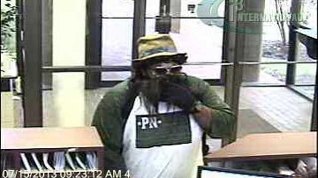 Police: Man Wearing Fake Beard, Straw Hat Robs OKC Bank