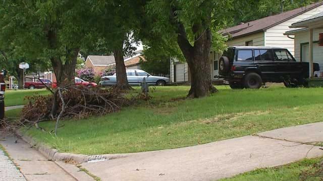OKC Hires More Crews To Pick Up Trash, Storm Debris