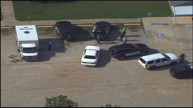 Authorities: Shawnee Suicidal Man Fired Shot At SkyNews 9