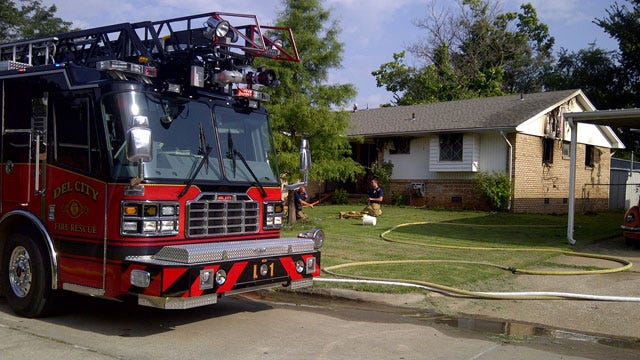 Family Of 5 Escapes Del City House Fire