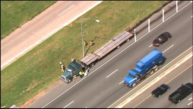 Crews Respond To Leaking Diesel Truck On Westbound I-40