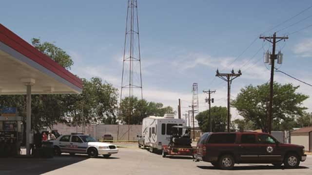 1 Dead In Shooting Outside Boise City Store, Suspect On Run