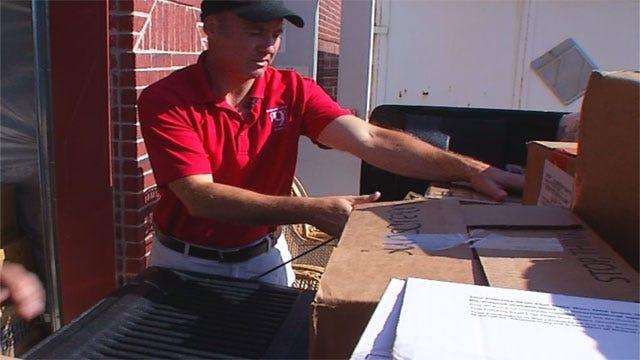 News 9 Team Drops Off Donations To El Reno Tornado Victims