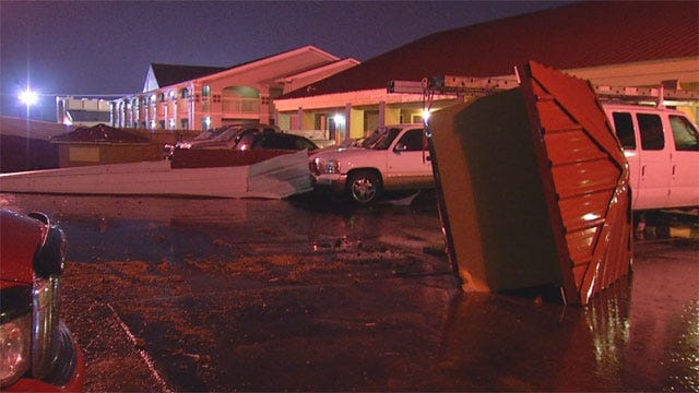 Strong Central Oklahoma Storms Dump Rain, Bring Damaging Winds