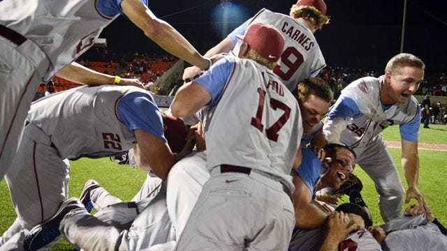 Sooners Explode In Ninth To Advance To Super Regionals