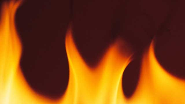Firefighters Extinguish Commercial Fire In Choctaw