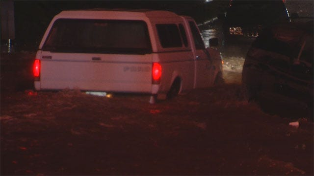 Another Rainy Morning Floods Some OKC Metro Roads