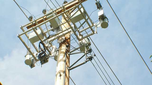 Power Outages Leave OG&E Customers In Dark For Days