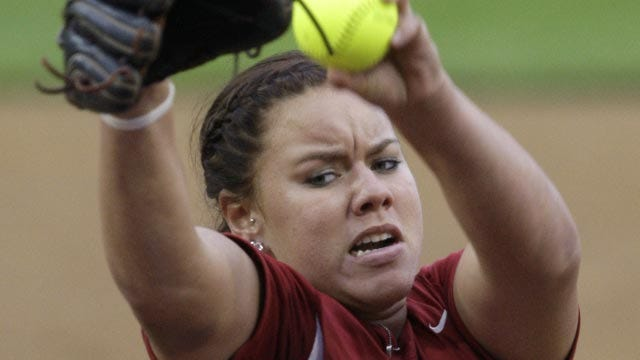 No. 1 OU Softball Rolls In Home Opener