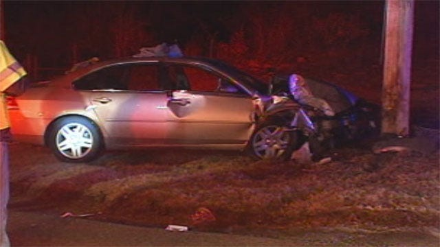 Prowler Call Leads To Chase, Crash In Choctaw