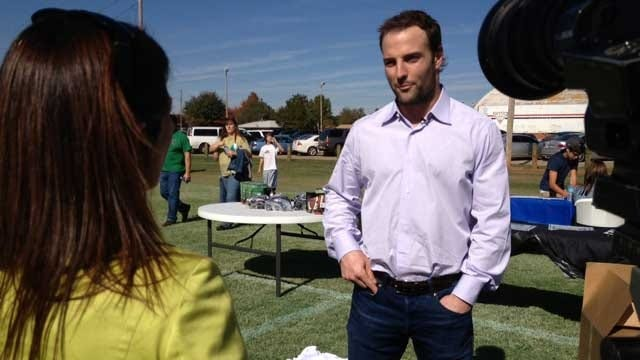 Oklahoma's Own Wes Welker Signs With Broncos