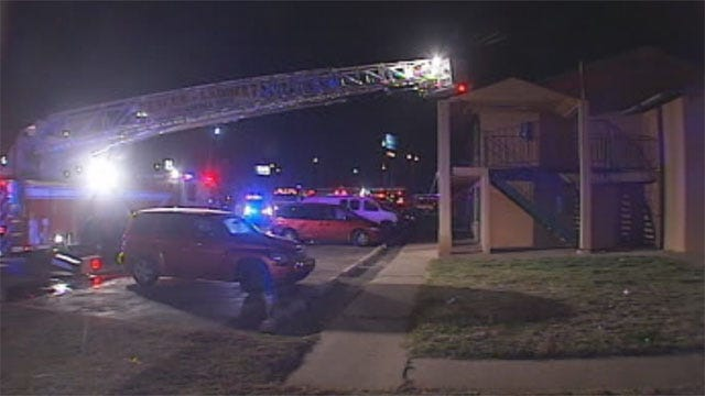 Fire Sweeps Through Motel In South OKC