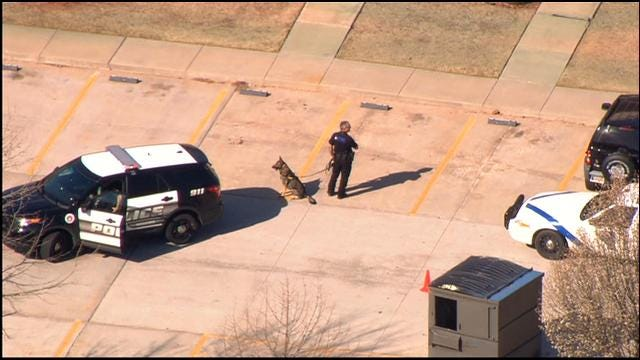 Lockdown On Moore Schools Lifted, Bank Robbery Suspects At Large