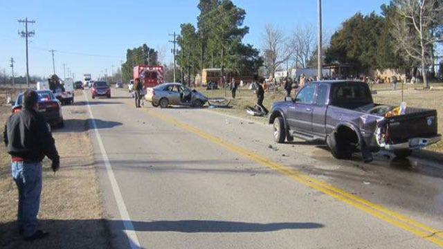 Driver Killed After Slamming Into School Bus In Seminole County