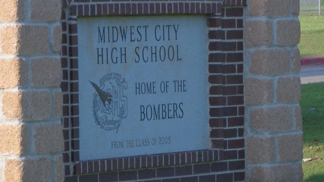 MWC Student Claims Teacher Hit Him In The Face With Highlighters