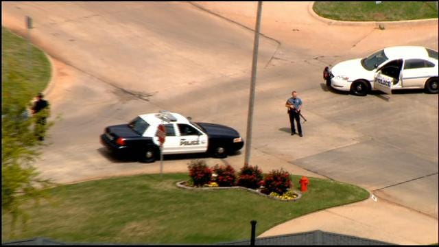 Police Catch Warr Acres Burglary Suspect After He Jumps From Window Of Home