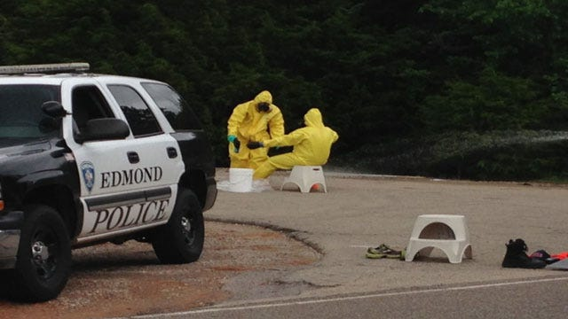 """Edmond Public Works Crew Finds """"Shake And Bake"""" Meth Operation"""