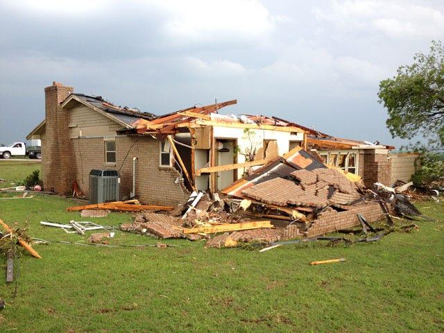Deadly Tornadoes Tear Across Central Oklahoma